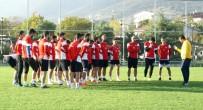 MEHMET GÜRKAN - Kocaeli Birlikspor'un, Kahramanmaraşspor Maçı İçin 18 Kişilik Kadrosu Belli Oldu