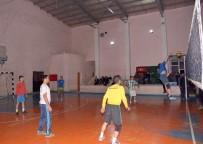 ATATÜRK İLKOKULU - Çatak'ta Voleybol Turnuvası