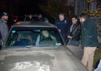 DUMLUPıNAR ÜNIVERSITESI - Park Halindeki Otomobilinde Ölü Bulundu