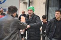 BIBER GAZı - Taraftar Hakem Odasına Girmek İstedi, Polis Müdahale Etti