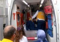 İSLAMOĞLU - Mıcıra Kapılan Aracın Sürücüsü Yaralandı