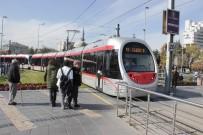 GÜNEŞ GÖZLÜĞÜ - Tramvay Yolcuları En Çok Kimliklerini Unuttu