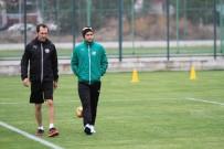 TOMAS SIVOK - Bursaspor'da Sivok takıma döndü