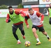FERNANDO MUSLERA - Galatasaray'da Fenerbahçe Derbisinin Hazırlıkları Sürüyor