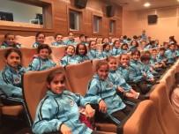 KAĞıTSPOR - Kağıtspor, Sporcularını Sosyalleştiriyor