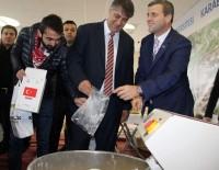 İSRAIL BAYRAĞı - 46 Ülke Ve 81 Şehirden Öğrenciler Un Kattı, 'Hoşgörü Ekmeği' Yapıldı