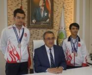 GÖKHAN KARAÇOBAN - Başkan Karaçoban'dan Dünya Şampiyonlarına Altın
