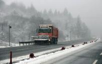 KARANLıKDERE - Bolu Dağı'nda Yoğun Kar Yağışı Başladı