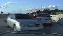 KADIN ŞOFÖR - Kadın sürücünün otomobili polisi teğet geçti