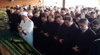 İSMAIL ÇIÇEK - Kazada Ölen Kur'an Kursu Öğreticisi Toprağa Verildi