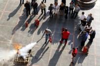 YÜKSEL MUTLU - Belediye Personeline Yangın Söndürme Ve İlkyardım Eğitimi