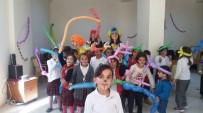 ESENDERE - Esendereli Çocuklar Palyaço İle Tanıştı