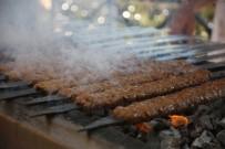 PATENT - Adana kebabı ustaları 'pilavı' hakaret sayıyor