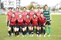 HÜSEYIN TÜRK - Döşemealtı Kadın Futbol Takımı Samsun Deplasmanına Gidiyor