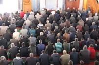 FELAKET - Şırnak'ta 8 ay sonra ilk cuma namazı kılındı