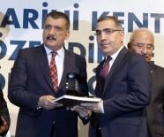 LOKMAN HEKIM - Yüreğir Belediyesi'ne YAPEX'te 'Proje, Uygulama Ve Süreklilik' Ödülü