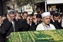 AFYON KOCATEPE ÜNIVERSITESI - Bakan Eroğlu, Eski Milli Eğitim Müdürü Özsoy'un Cenaze Törenine Katıldı