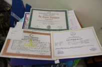 DIPLOMASı - Diplomaları Bile Tramvayda Unuttular