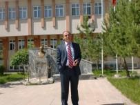 SAĞLıK SEN - Kars'ta Sağlık-Sen Başkanı Ve İki Doktor FETÖ/KCK'dan Görevden Alındı