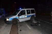 Motosiklet Polis Otosuna Çarptı  Açıklaması1 Ölü 1 Yaralı