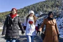 SAĞLIK ÇALIŞANI - Organ Bağışına Doğa Yürüyüşü İle Dikkat Çektiler