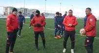 AHMET YILDIRIM - Soğuk Havaya Rağmen, BB Erzurumspor Antrenmanı Nefes Kesti