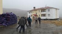 HÜSNÜ ÖZYEĞIN - Fırtına Okulların Çatılarını Uçurdu