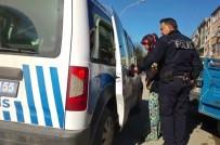 KADIN HIRSIZ - Polis Tırnakçıları Suçüstü Yakaladı