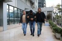 ADAM YARALAMA - Yaşlı Çiftin Çantasını Kapkaç Yapan Zanlı Kameraya Böyle Yakalandı