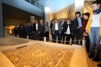 MOZAİK MÜZESİ - Ak Parti Yerel Yönetim Başkanları Büyükşehir'in Projelerini Gezdi