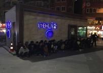 KAÇAK GÖÇMEN - İstanbul'da Kaçak Göçmen Operasyonu Açıklaması 40 Gözaltı