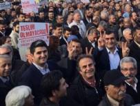 HDP - CHP'li vekiller HDP mitingine katıldı