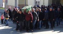 YEŞILKENT - Gazeteci Savaş Oğuz'un Annesi Son Yolculuğuna Uğurlandı