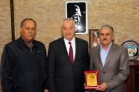 ESNAF VE SANATKARLAR ODASı - İncesu Belediye Başkanı Zekeriya Karayol Yılın Ahisine Plaket Verdi