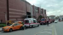 ALTUNIZADE - İstanbul'da AVM'de Korkutan Yangın