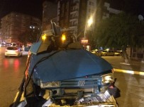 SES SANATÇISI - Usta sanatçı korkunç kazada can verdi!