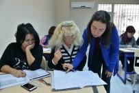 MUHITTIN BÖCEK - KONSEM'de, 13 Farklı Ülke Vatandaşına Türkçe Eğitimi