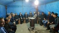 EMRAH ÖZDEMİR - Başkan Akdoğan'dan Şehit Ailesine Taziye Ziyareti