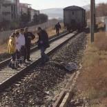 ZİYA GÖKALP - Başkent'te Trenin Altında Kalan Yaşlı Adam Hayatını Kaybetti