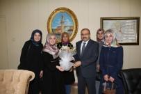 Bayburt Üniversitesi Öğrencileri Vali İsmail Ustaoğlu'nu Ziyaret Etti
