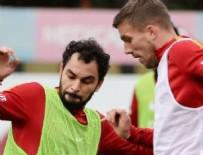 SELÇUK İNAN - Galatasaray'da Selçuk İnan kararı