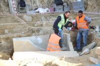 ARKEOLOJI - Milas'ta İnşaat Temelinden Tarihi Mezar Fışkırıyor