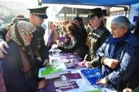 Milas'ta Jandarma Ve Kadınlar El Ele