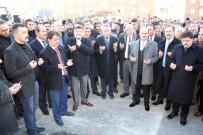 SOSYAL TESİS - AK Parti'li Akgül Açıklaması '3 Bin Aile Perişan Oldu'