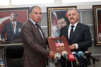 DEMOKRASİ NÖBETİ - Bakan Arslan, Alaçatı Havalimanı İçin Tarih Verdi