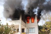 ENGELLİ KADIN - Bodrum'da Ev Yangını Açıklaması 1 Ölü, 3 Yaralı