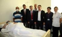 ORGAN NAKLİ - Devlet Hastanesinde İlk Kez 24 Saatte Canlıdan Canlıya 3 Böbrek Nakli