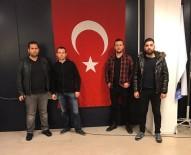 TÜRKLER - Hollan'da Yaşayan Efeler'den Türkmenlere Yardım