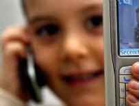 BAZ İSTASYONU - Küçük yaştaki çocuklar için 'cep telefonu' uyarısı