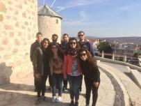 AVRUPALı - Üniversite Öğrencilerinden Göçmen Gençlere Yönelik Proje